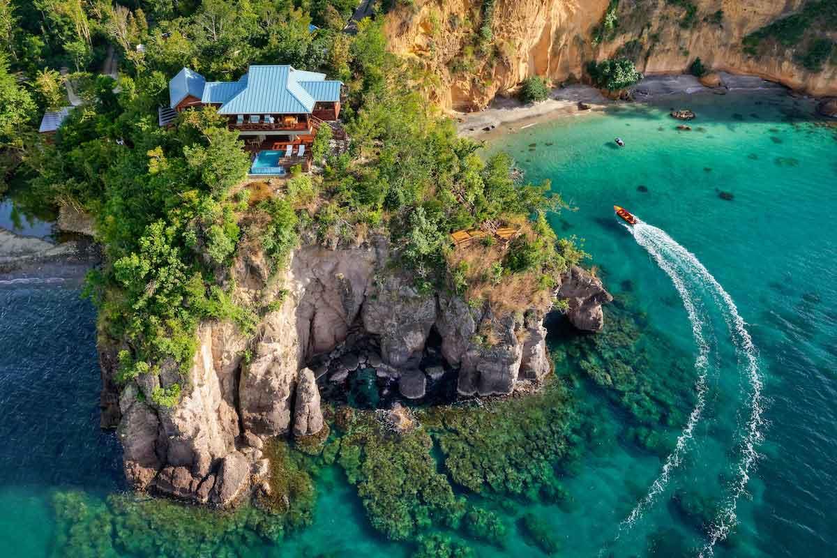 اعتبار پاسپورت دومینیکا